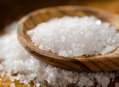 درمان کیست مویی با نمک